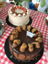 Biscuitea donated these two amazing cakes